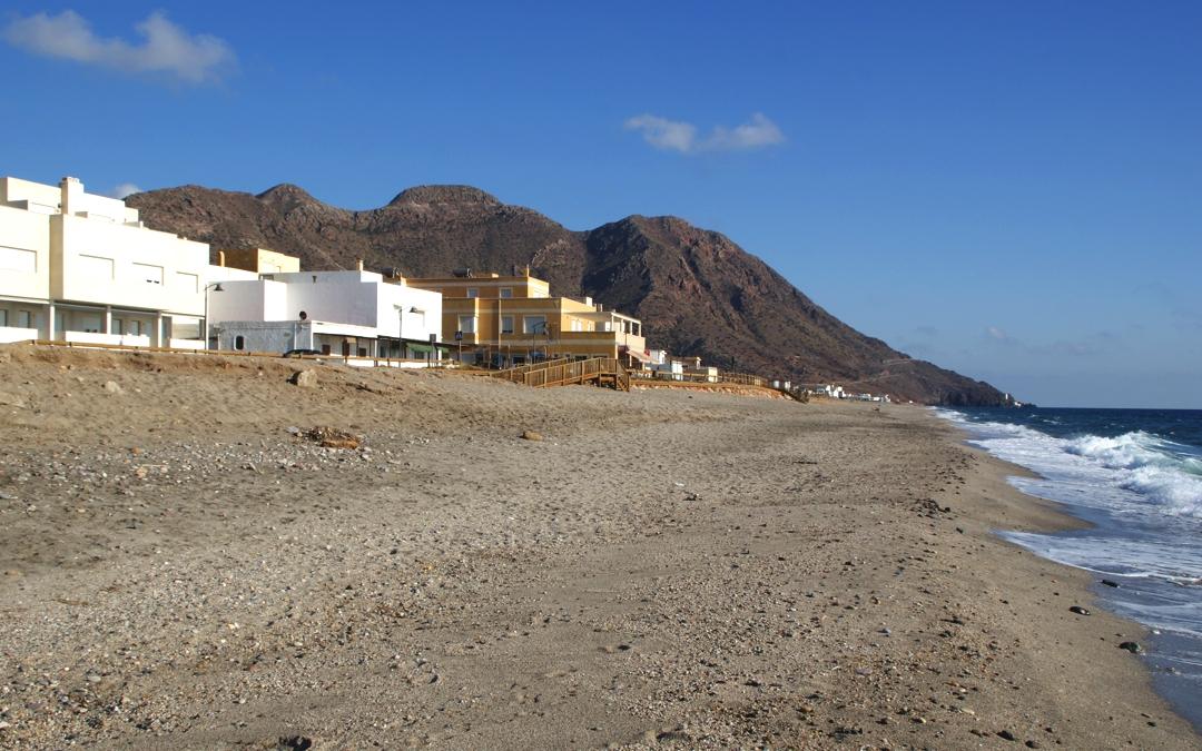 Amigos del Parque pide rectificar el Plan de Contingencia frente a la COVID-19 en las playas del municipio de Almería