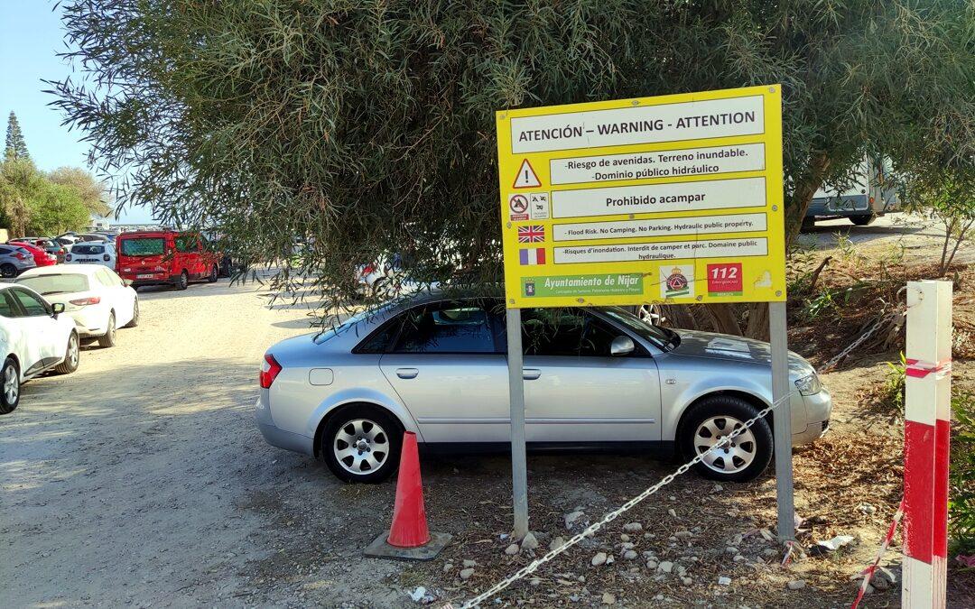 Descontrol en el aparcamiento de Agua Amarga